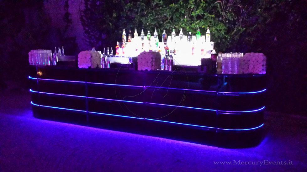 Black MIrror Bar   Bar Luminoso Specchiato Nero   Castello della Crescenza   Mercury Events  02