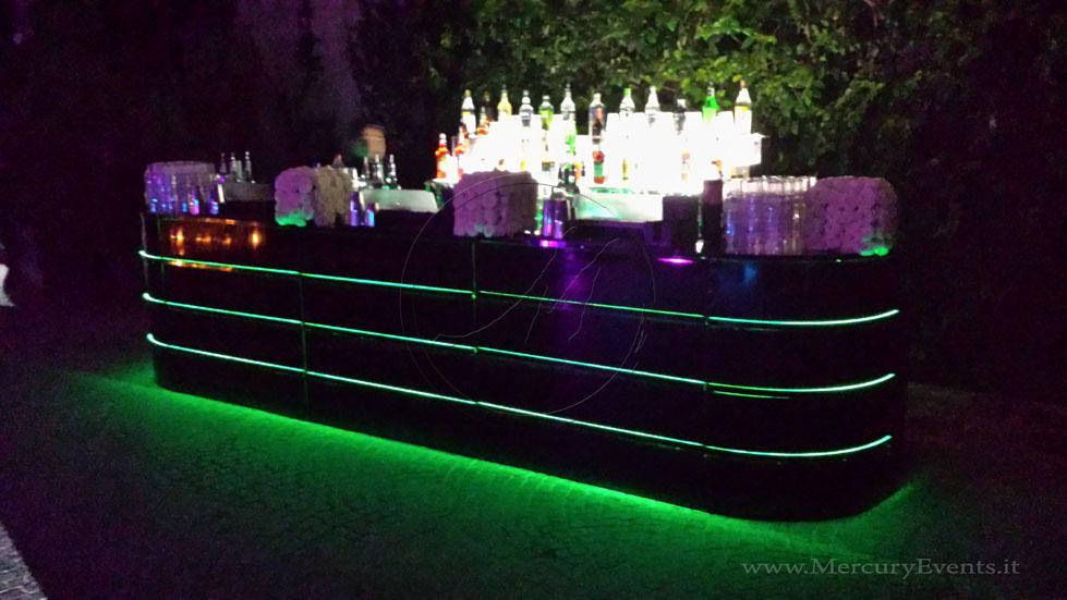 Black MIrror Bar   Bar Luminoso Specchiato Nero   Castello della Crescenza   Mercury Events  03