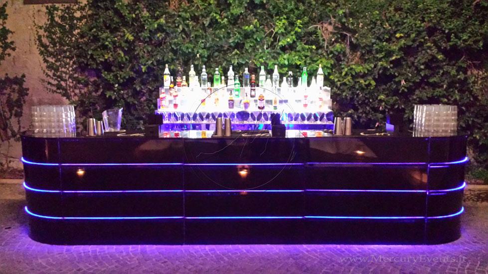Black MIrror Bar   Bar Luminoso Specchiato Nero   Castello della Crescenza   Mercury Events  07