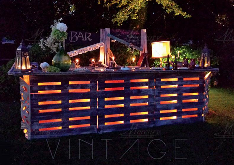 Vintage bar retro arredamenti bar vintage bancone bar for Arredamenti con pallet