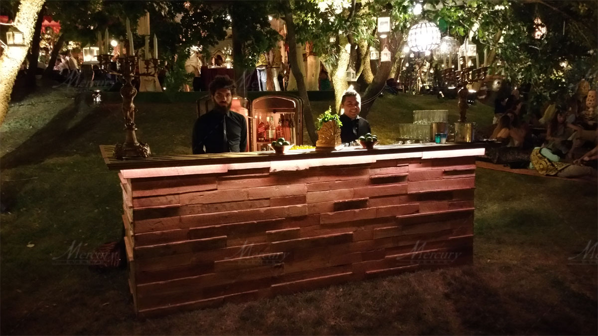 Vintage sherwood bar Open Bar Mercury Events toscana  Bartender wedding catering jean paul troili luxury event_01