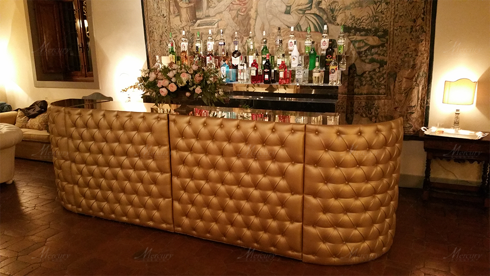 gold chesterfield banconi