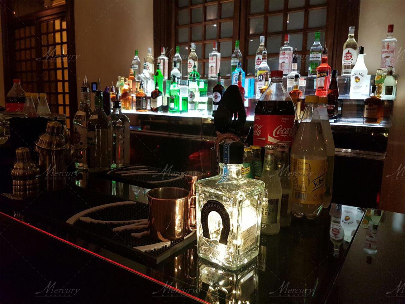 open_bar_service_bancone_specchiato_black_mirror_genova_versilia9