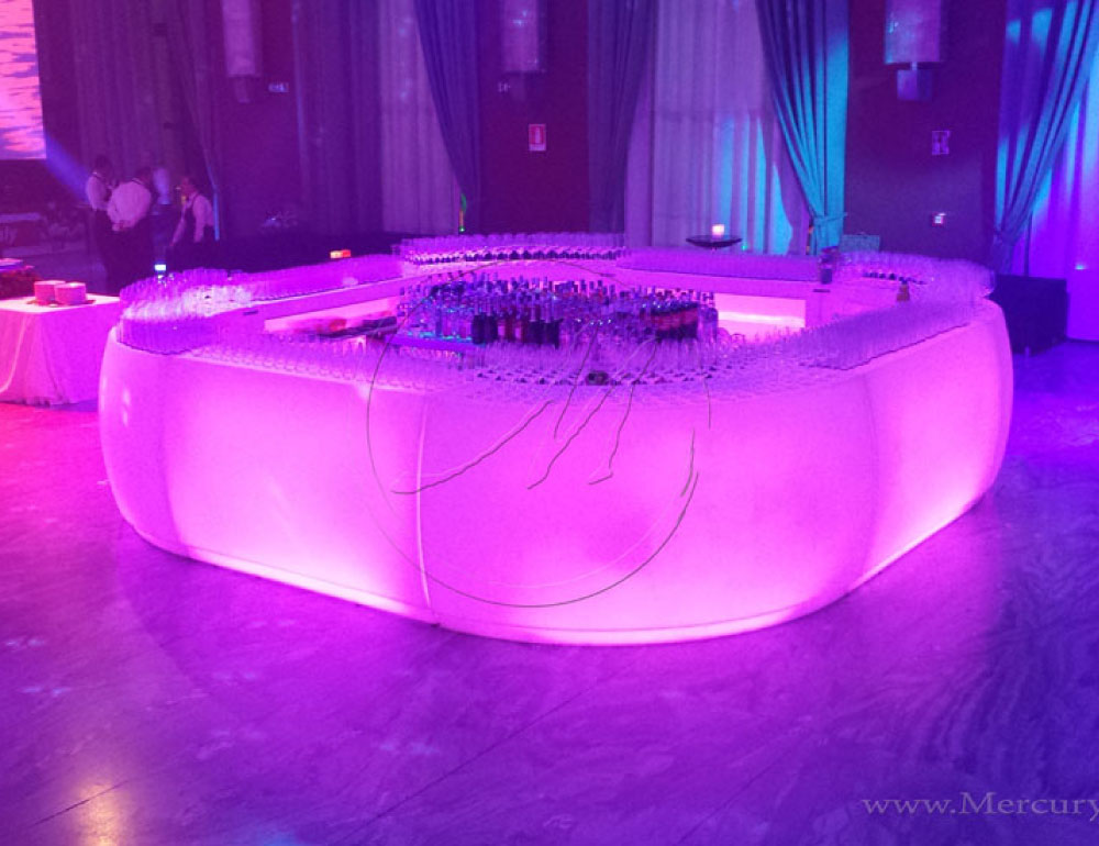 Bancone bar luminoso wayruro bancone bar modulare for Banconi bar usati roma