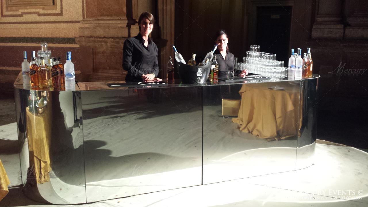 open bar villa aldobrandini_frascati bar counter bartender