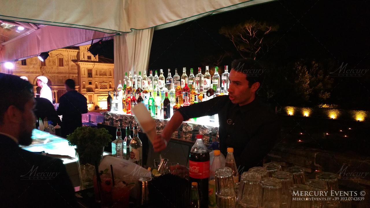 open bar villa medici roma bartender