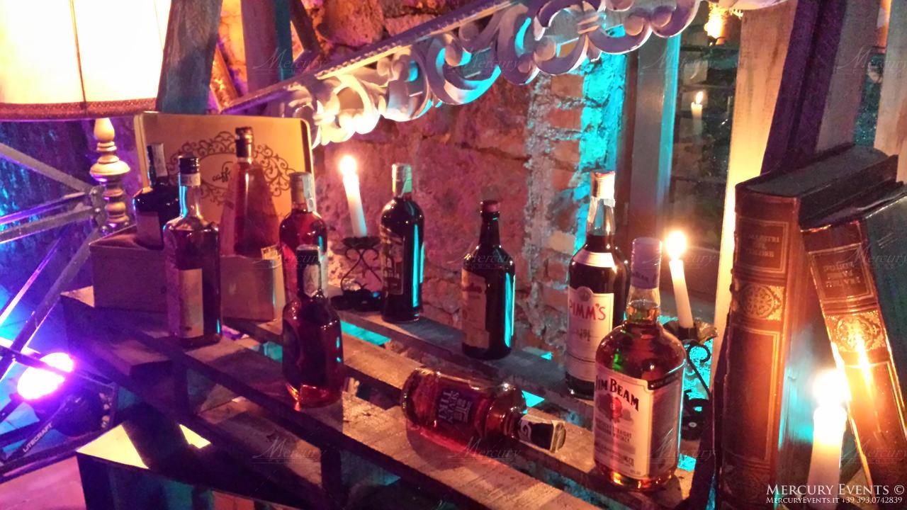 open bar casale santa anastasia bancone in legno vintage